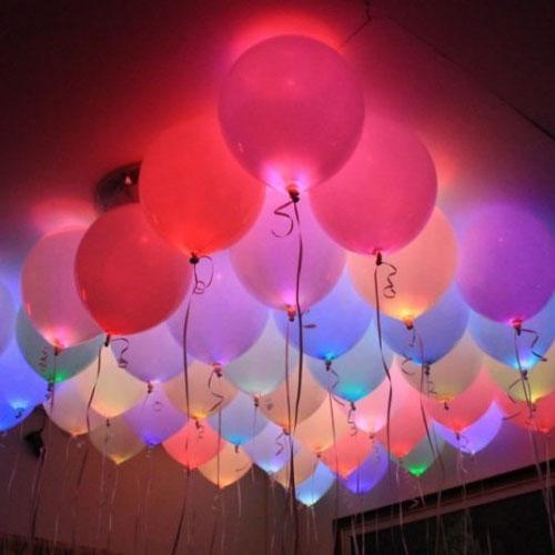 Светящиеся разноцветные шарики