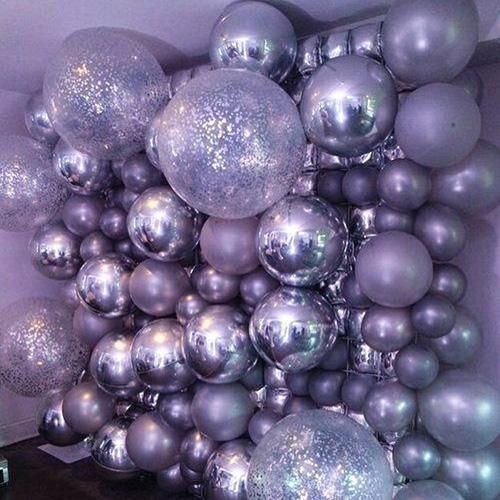 Фотозона в фиолетовых тонах