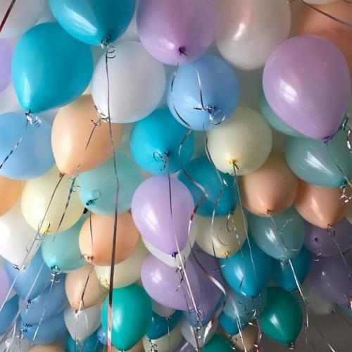 Радужные шары под потолок