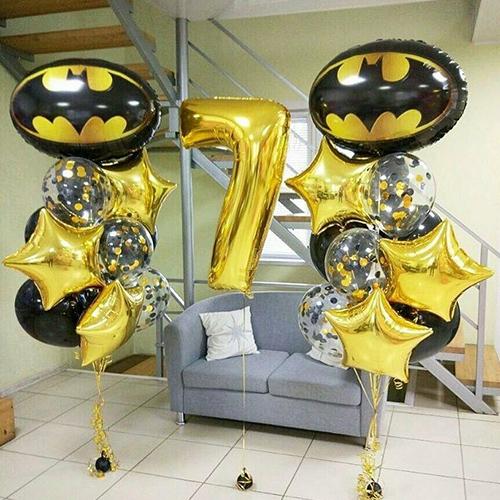 Композиция с шаром Бэтмен золотая