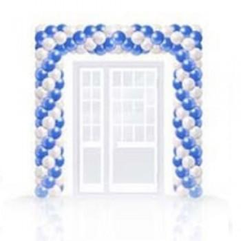 Арка из шаров синего и белого цвета для выпускного вечера